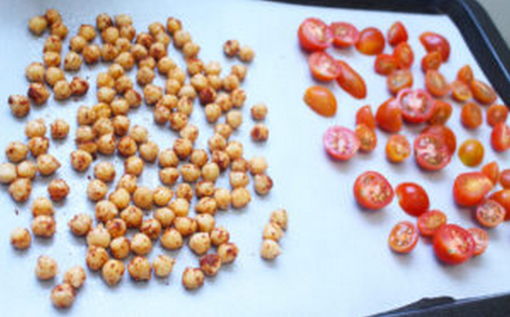 mediterranean spiced roasted chickpeas
