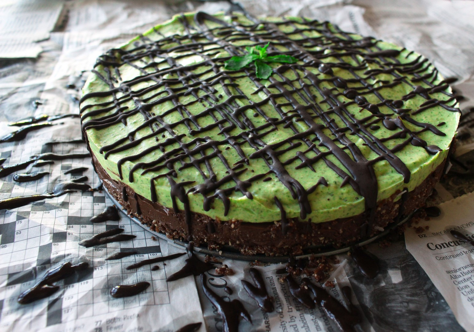 raw mint chocolate mousse tart pie gluten free vegan dessert
