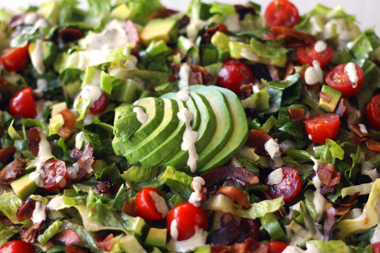 vegan blt salad vegetarian bacon lettuce tomato gluten free coconut hemp ranch zenanzaatar recipe food blog