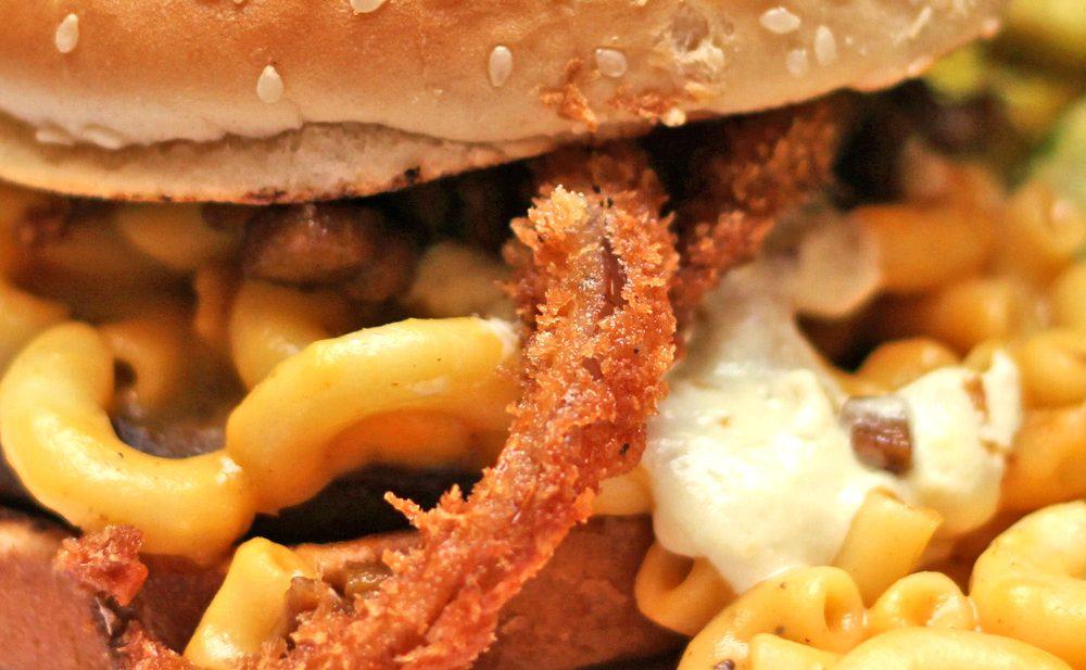 the happy hooligans san jose vegan restaurant review vegetarian food blog critic critique zenanzaatar