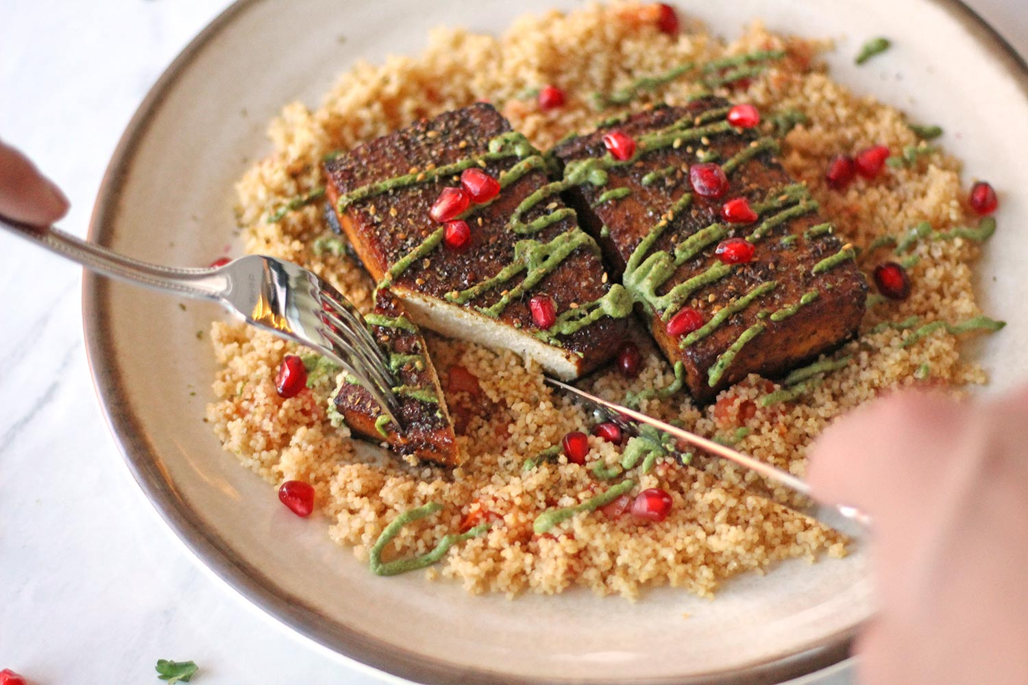 tofu steak zaatar crusted mediterranean zenaznzaatar zena food blog vegan vegetarian plant based recipe healthy tahini