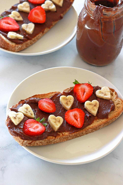 how to make healthy vegan nutella date sweetened raw recipe chocolate hazelnut spread